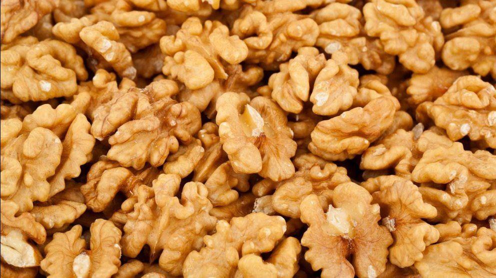 Сколько орехов можно съедать в день